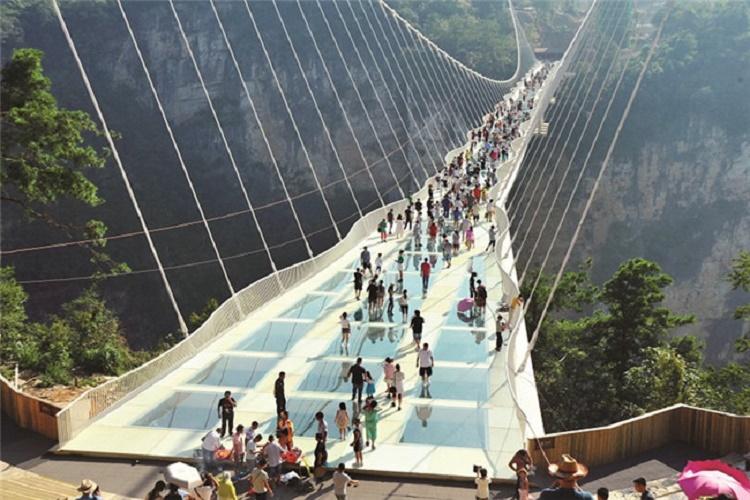 玻璃桥6.jpg